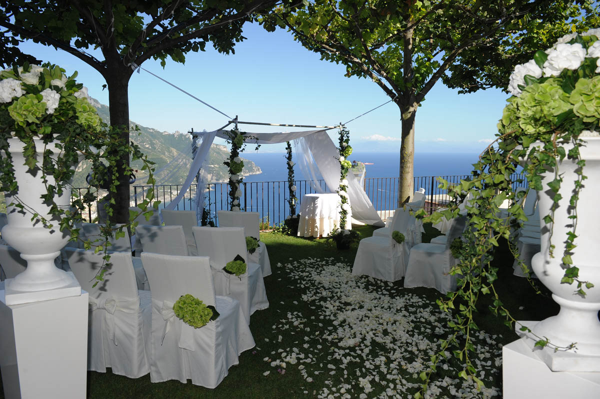 Symbolic Weddings in Ravello