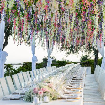 Exclusive destination wedding in Villa Cimbrone