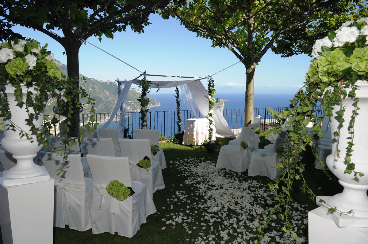 Symbolic Weddings in Villa Eva Ravello